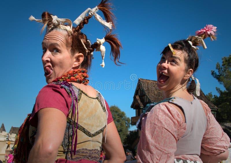 Jeunes filles laides au festival de la Renaissance de l'Arizona photographie stock libre de droits