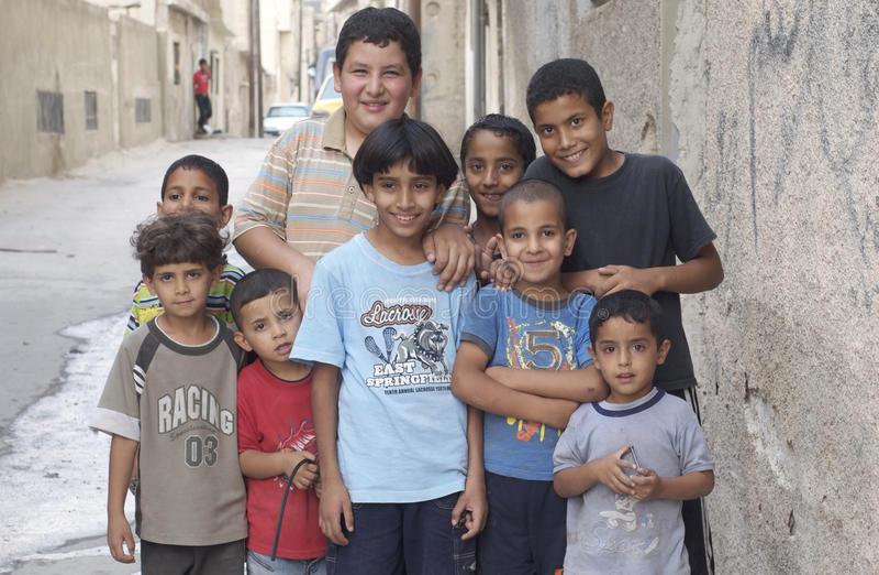 Jeunes garçons de réfugié de l'Irak images libres de droits