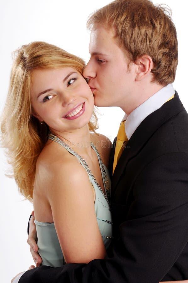 Jeunes paires dans l'amour images libres de droits