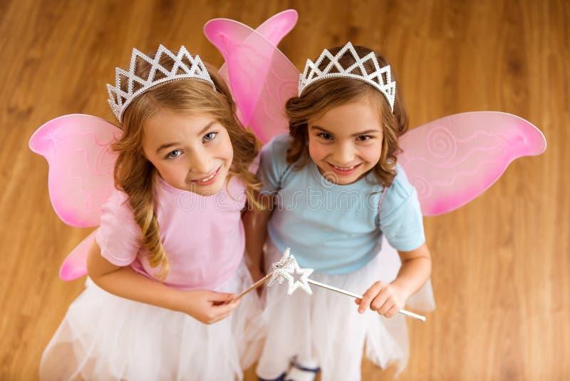 Jeunes reines féeriques photographie stock libre de droits