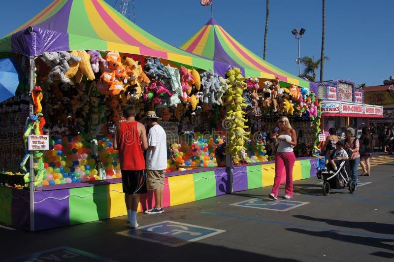 Jeux à la foire ou au carnaval image libre de droits