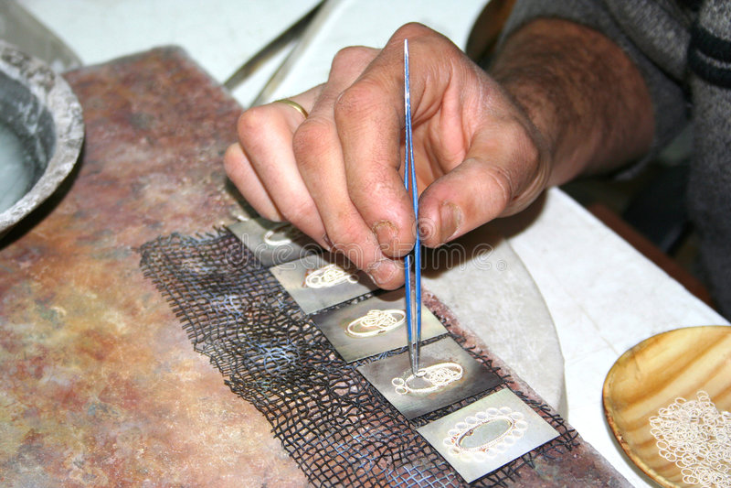 jewellery делая серебряного работника стоковое изображение rf