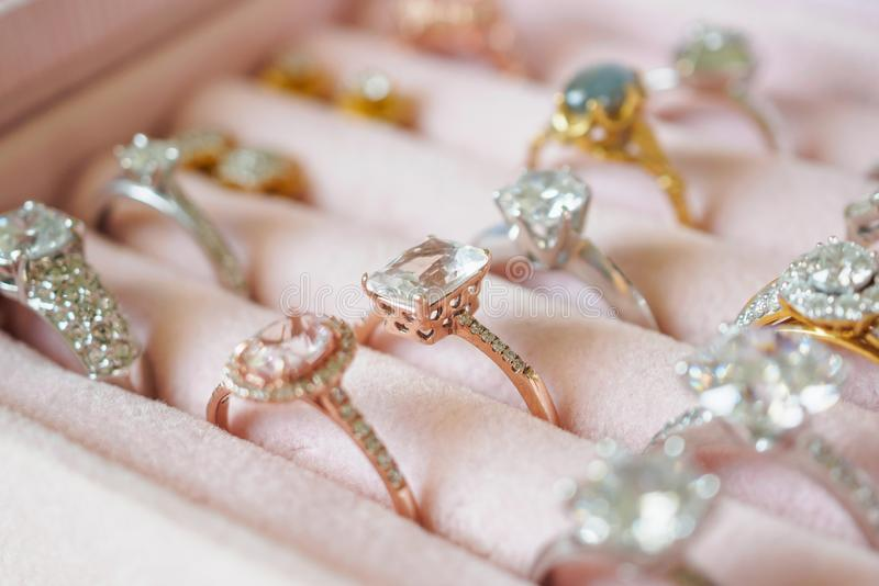 Jewelry diamond rings and earrings in box fotos de stock royalty free