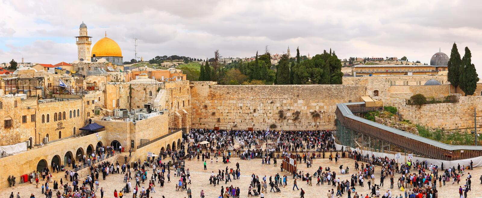 Jewish Pesach Passover. View on the Wailing Wall, orthodox religious Jews and tourists during the Jewish Pesach Passover. Jerusalem, Israel stock photo