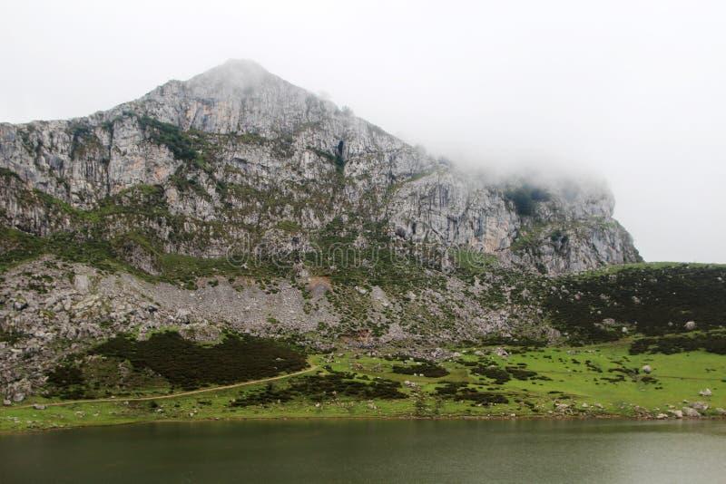 Jeziora Covadonga, Hiszpania zdjęcia stock