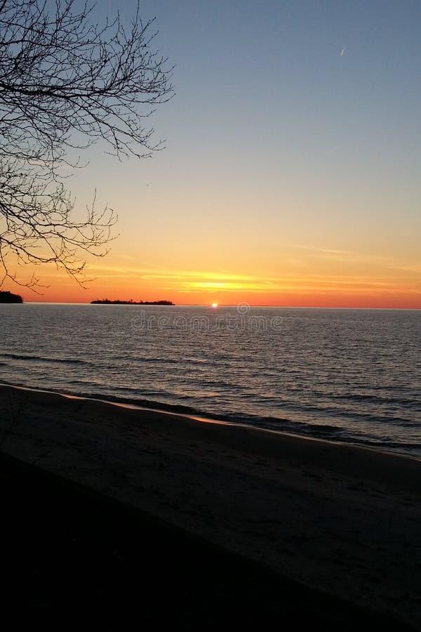 jeziora w sunrise przełożonych fotografia royalty free