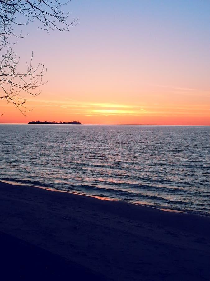 jeziora w sunrise przełożonych zdjęcia royalty free