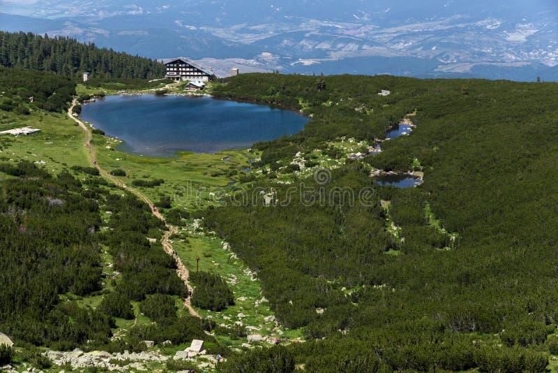 Jeziorna Bezbog i Bezbog buda, Pirin góra obraz stock