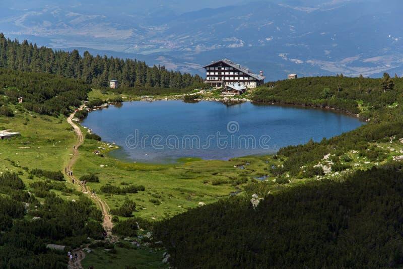 Jeziorna Bezbog i Bezbog buda, Pirin góra fotografia stock