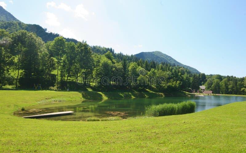 jeziorna góra fotografia royalty free