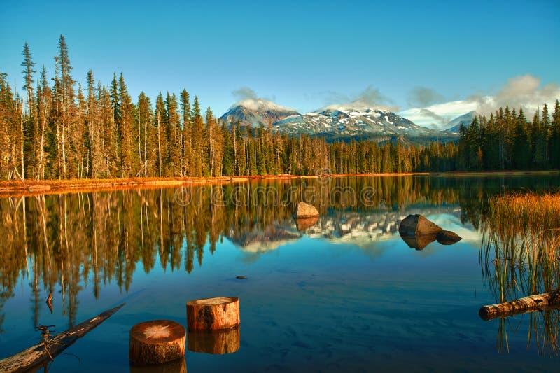 jeziorna góra fotografia stock