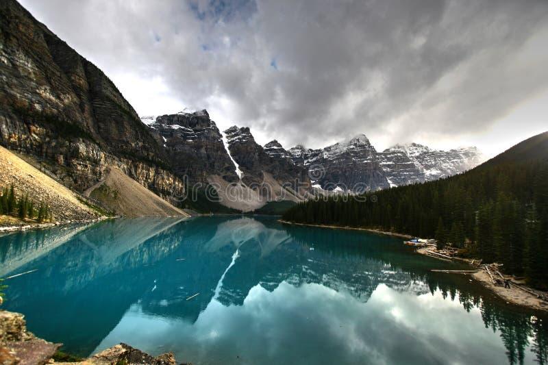 Jeziorna morena, Banff zdjęcia royalty free