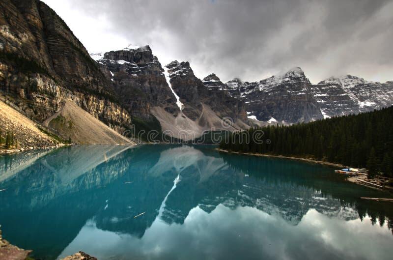 Jeziorna morena, Banff zdjęcie royalty free