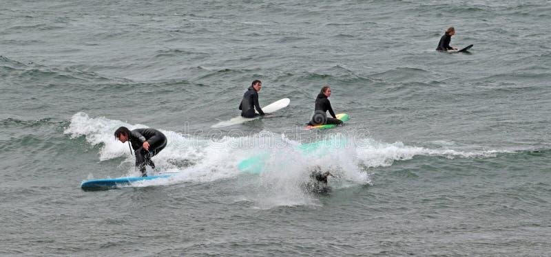 Jeziorni Wyżsi surfingowowie, Marquette, Michigen, usa fotografia stock