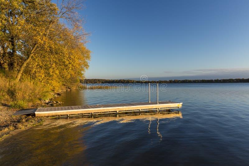 Jeziorny Andrew W jesieni obraz royalty free