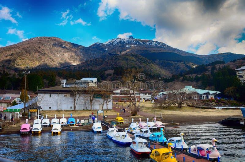 Jeziorny ashi i mt Komagatake, Hakone park narodowy, Jap zdjęcie royalty free