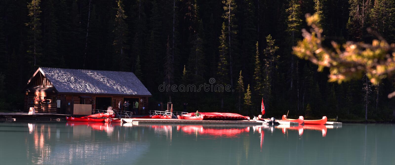 jeziorny Banff park narodowy Louise zdjęcia stock