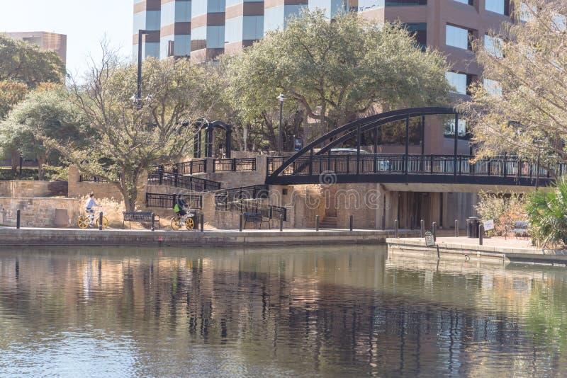 Jeziorny Carolyn w Lesie Colinas, Irving, Teksas, usa zdjęcia royalty free