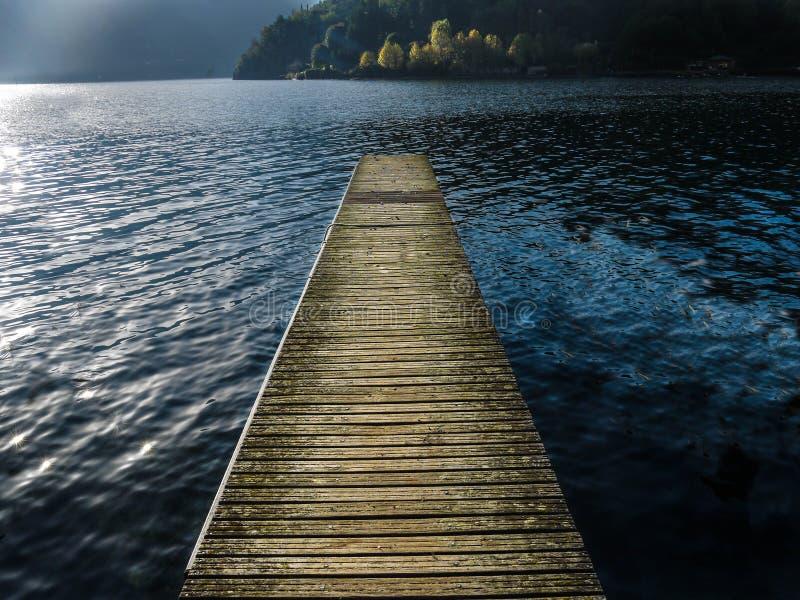 Jeziorny Como molo - Włochy zdjęcie royalty free