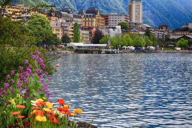 Jeziorny Genewa i widok Montreux, Szwajcaria fotografia stock