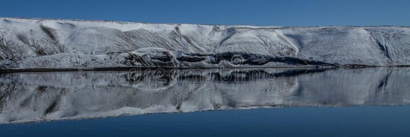 Jeziorny Kleifarvatn obraz royalty free