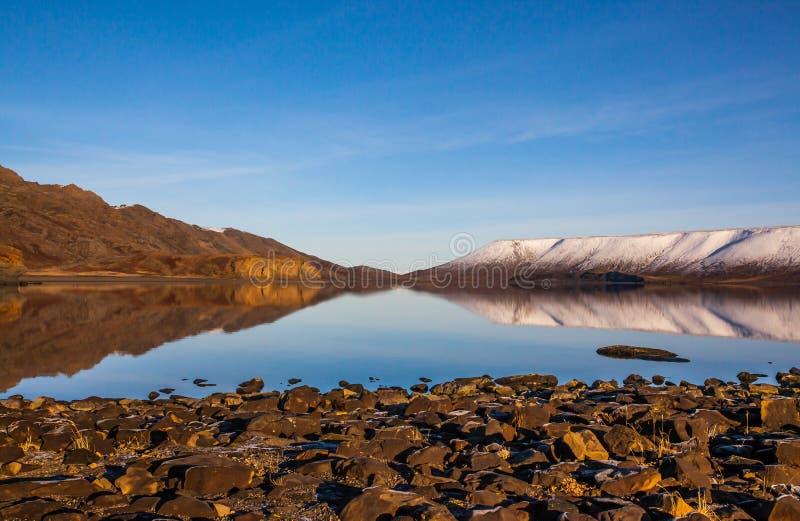 Jeziorny Kleifarvatn, Iceland. zdjęcia stock