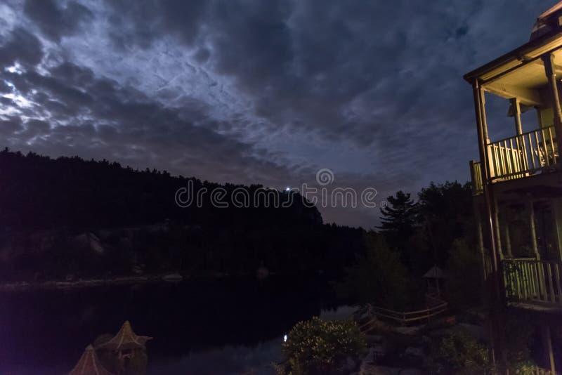 Jeziorny Mohonk w lecie obrazy stock