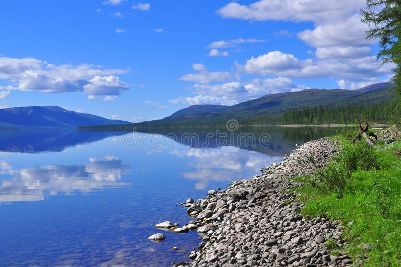 Jeziorny Nakomyaken w Putorana plateau obraz stock