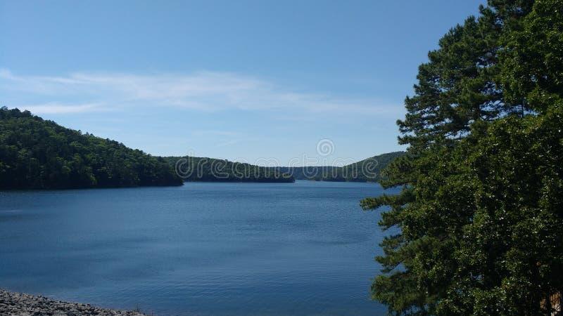 Jeziorny Ouachita przy Blakely tamą w Gorących wiosnach park narodowy, Arkansas, usa obrazy stock