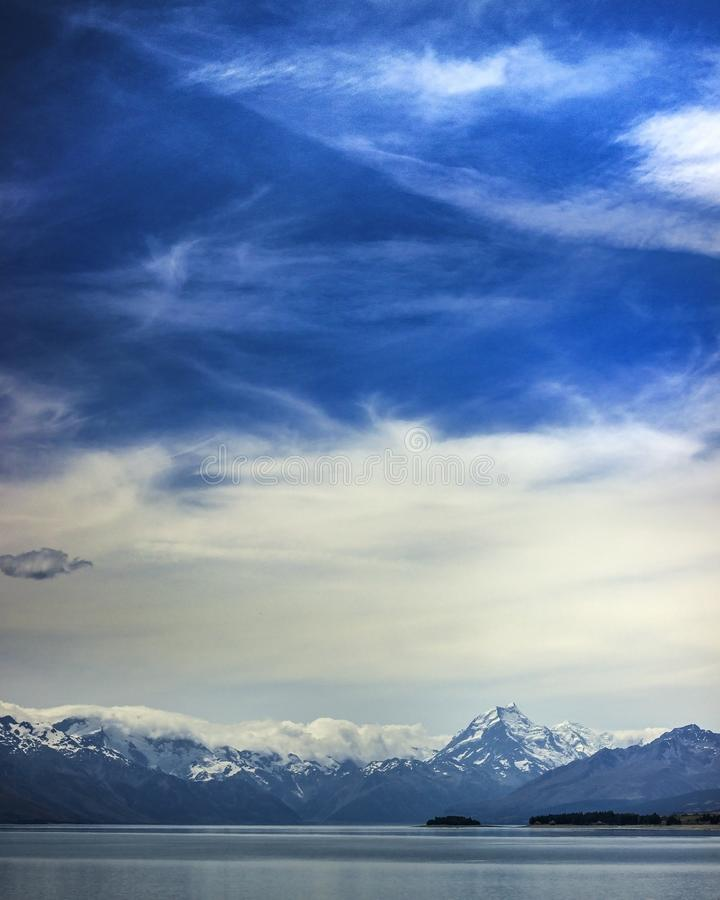 Jeziorny Pukaki Nowa Zelandia 2018 lat góra Cook obrazy stock
