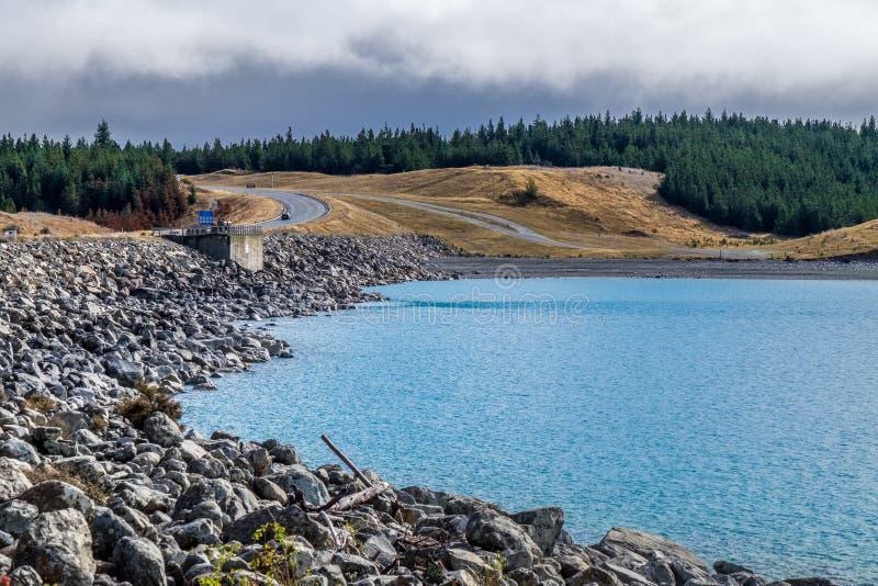 Jeziorny Punkaki blisko Aoraki/Mt Kucbarski park narodowy, Nowa Zelandia fotografia stock