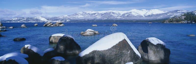 Jeziorny Tahoe w zimie, Kalifornia zdjęcia royalty free