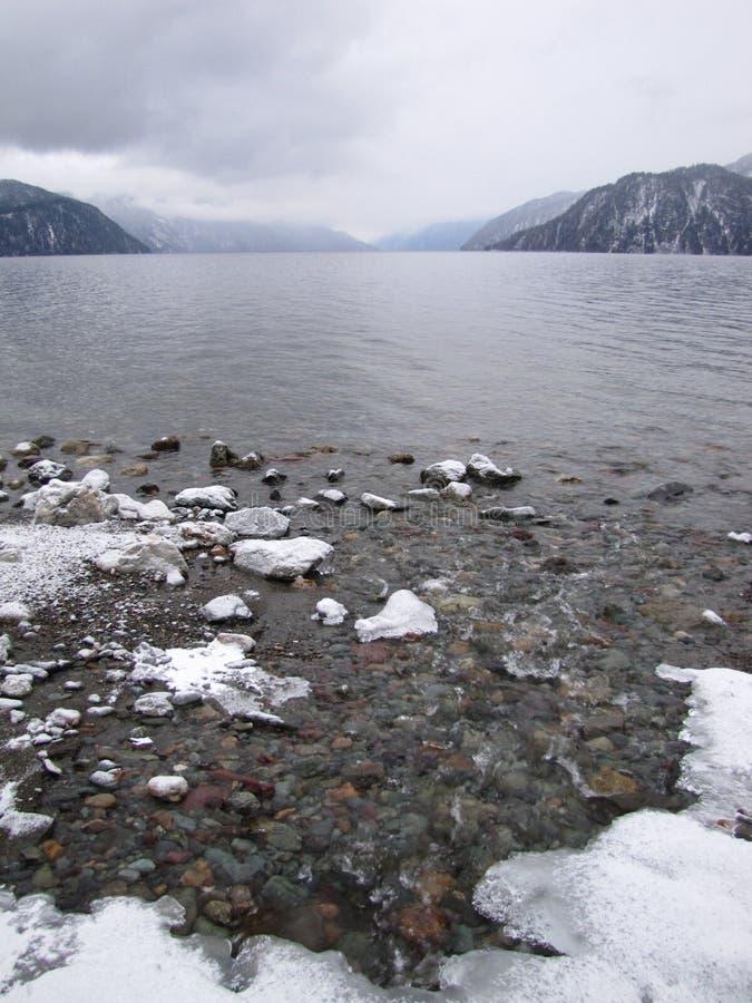 Jeziorny teletskoye obraz stock