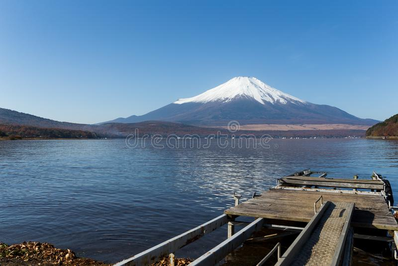 Jeziorny Yamanaka Fuji i góra zdjęcia royalty free