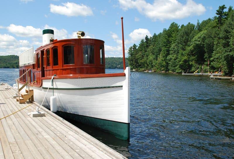 jeziorny zatoka statek fotografia stock