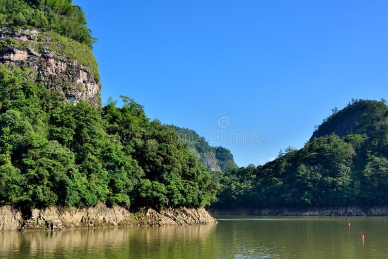 Jezioro i góry w Fujian, południe Chiny zdjęcia royalty free