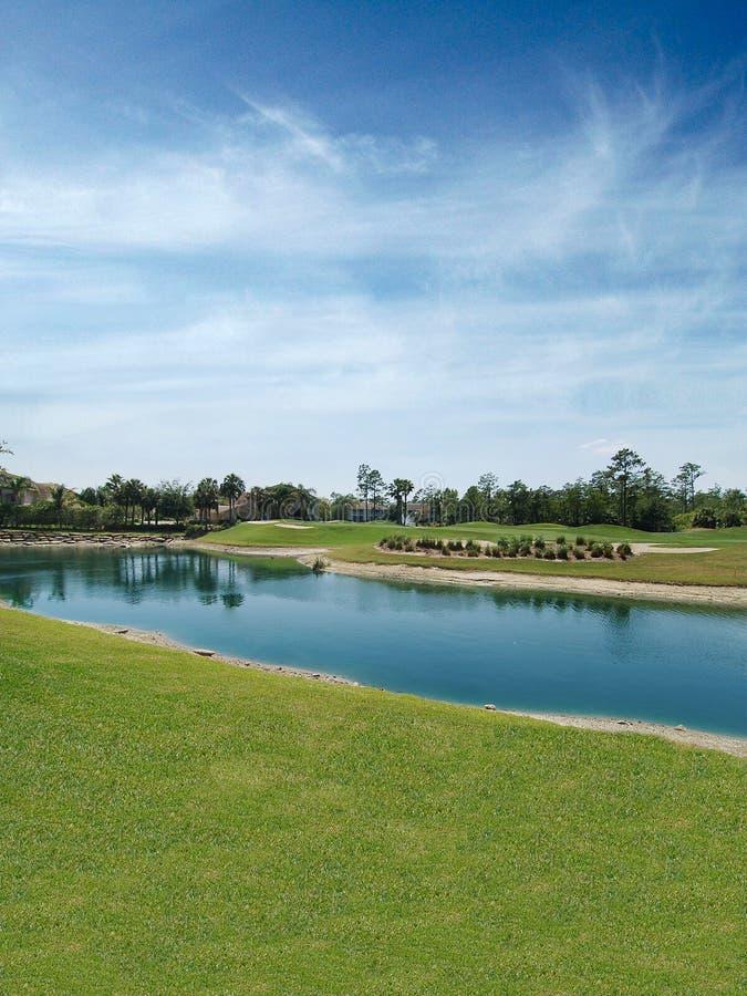 jezioro kursu golfa, zdjęcie royalty free