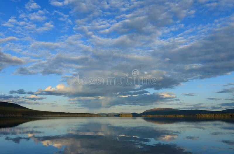 jezioro Laponii zdjęcie stock