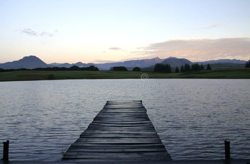 jezioro na molo zdjęcia royalty free
