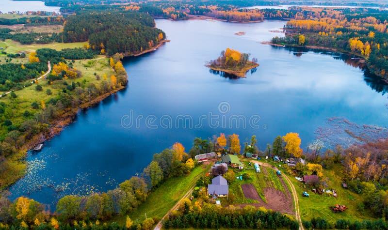 Jezioro od above obrazy royalty free