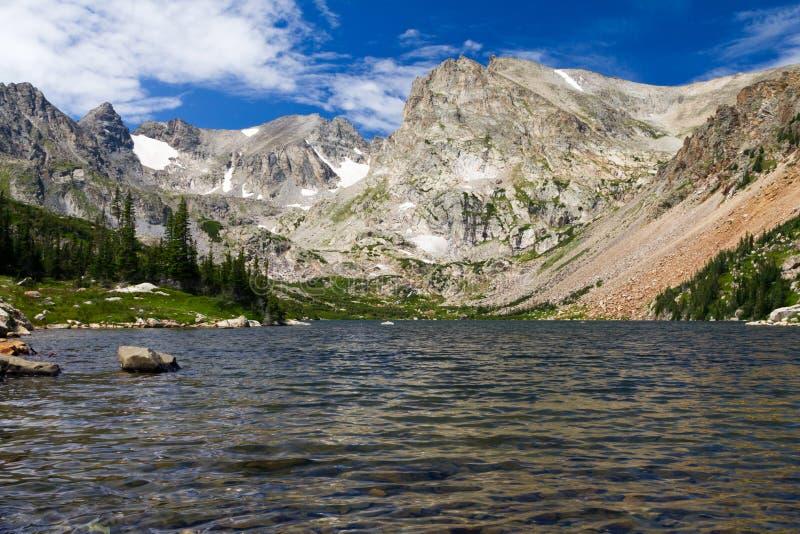 Jezioro Otaczający Kolorado Skalisty Górami fotografia royalty free