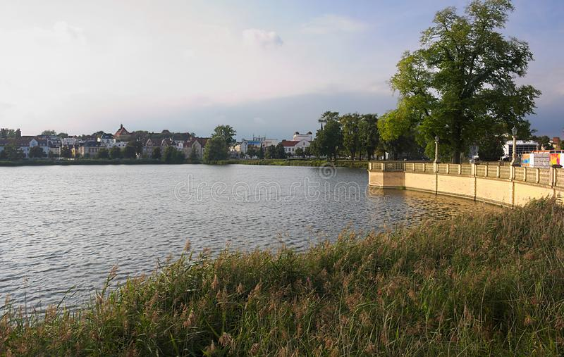 Jezioro przy Schwerin kasztelem - II - fotografia stock