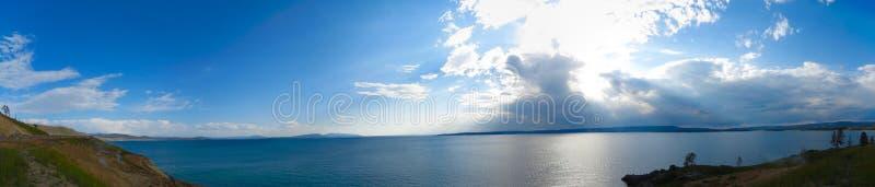 Jezioro przy Yellowstone parkiem narodowym obraz royalty free