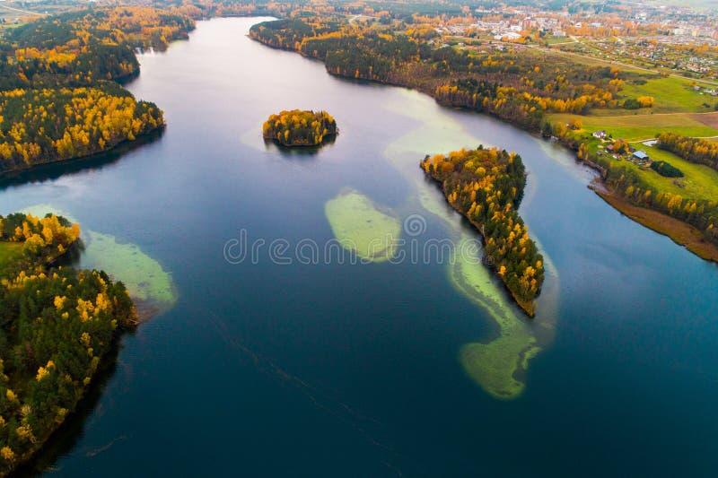 Jezioro trutnia powietrzna fotografia zdjęcie royalty free