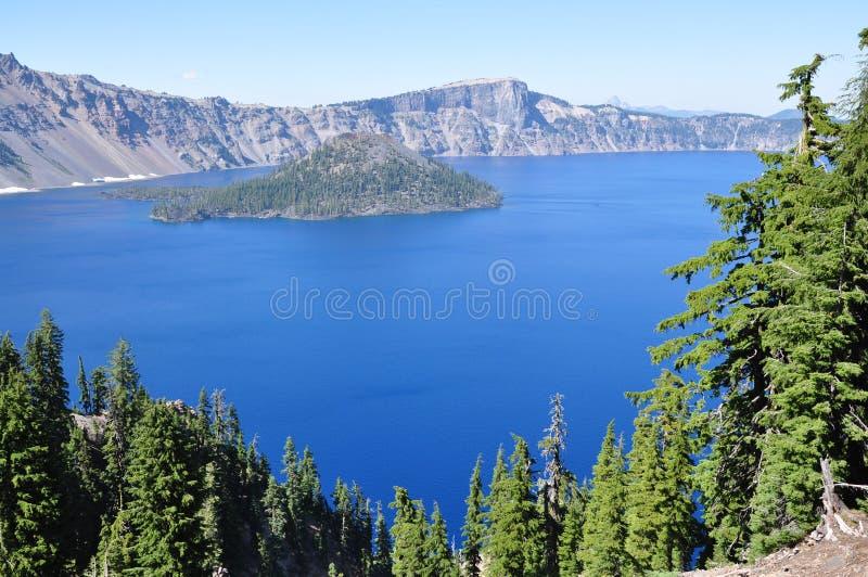 Jezioro w górach obrazy royalty free