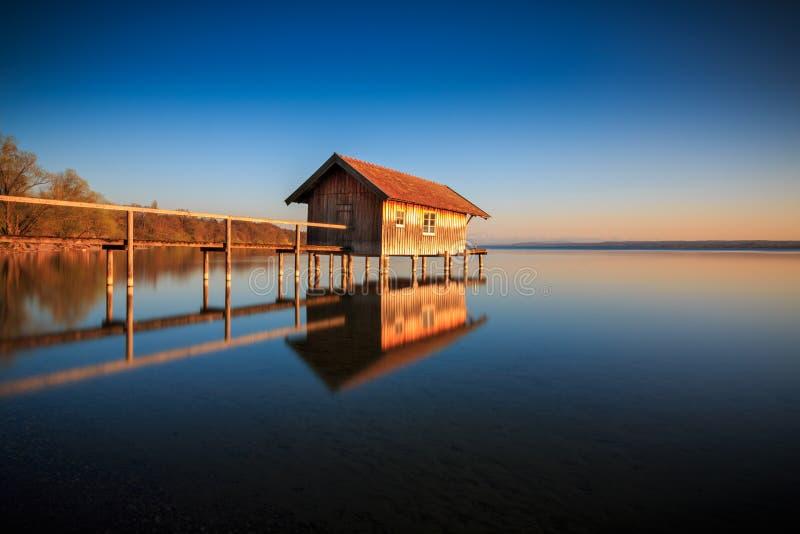 Jezioro w Stegen am Ammersee w Bawarii w Niemczech fotografia royalty free