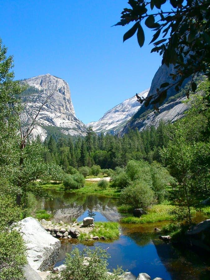 jezioro Yosemite lustra fotografia stock