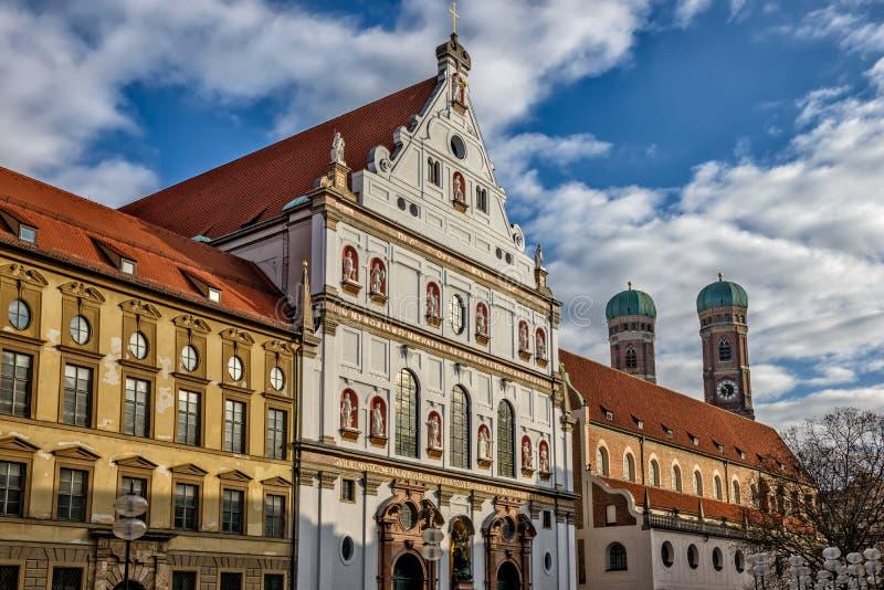 Jezuïetkerk in München stock afbeeldingen