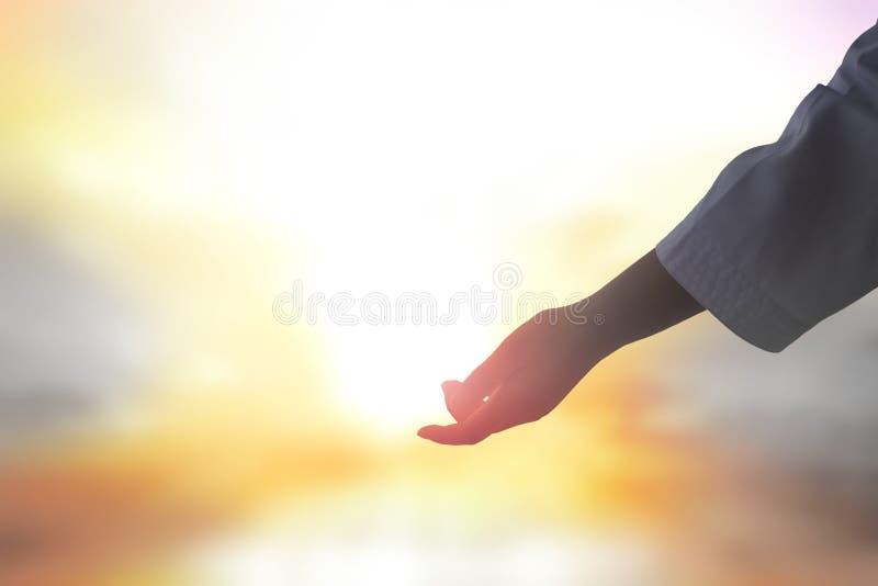 Jezus pomóc ręce zdjęcie stock