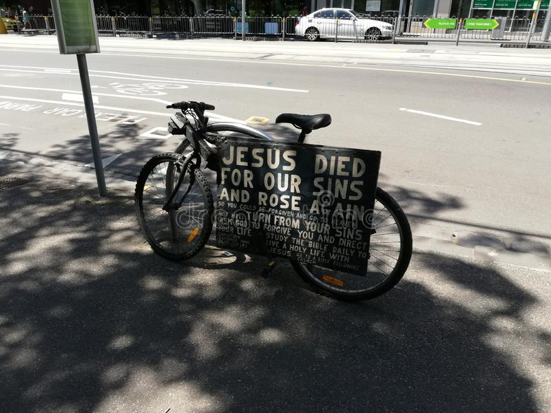 Jezus Umierał Dla Nasz grzechów I Wzrastał Znowu zdjęcie royalty free